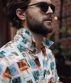 VBN_SS18_Philip_38058-Francis-Vacation-Postcard-Shirt+Jasper_Chinos_3805800292_1800x2100